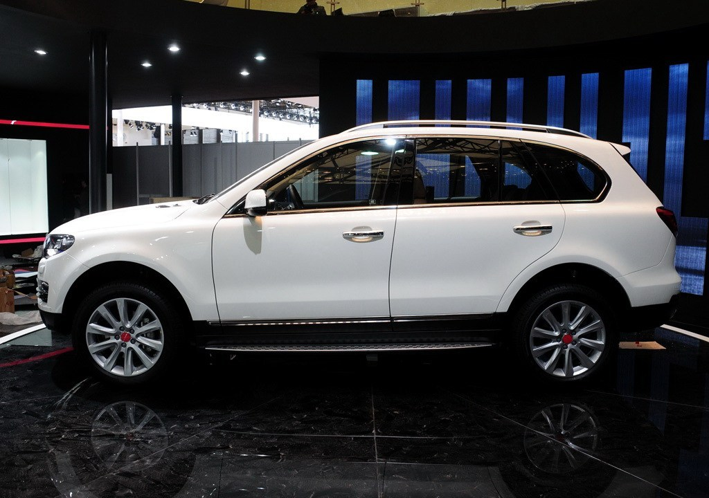 27032-great-wall-haval-h8-2013